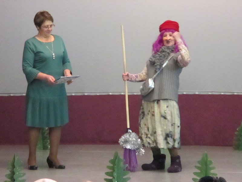 2 января в МБУК ЦКиК «Родина» состоялась праздничная театрализованная программа «Чудеса под Новый год».