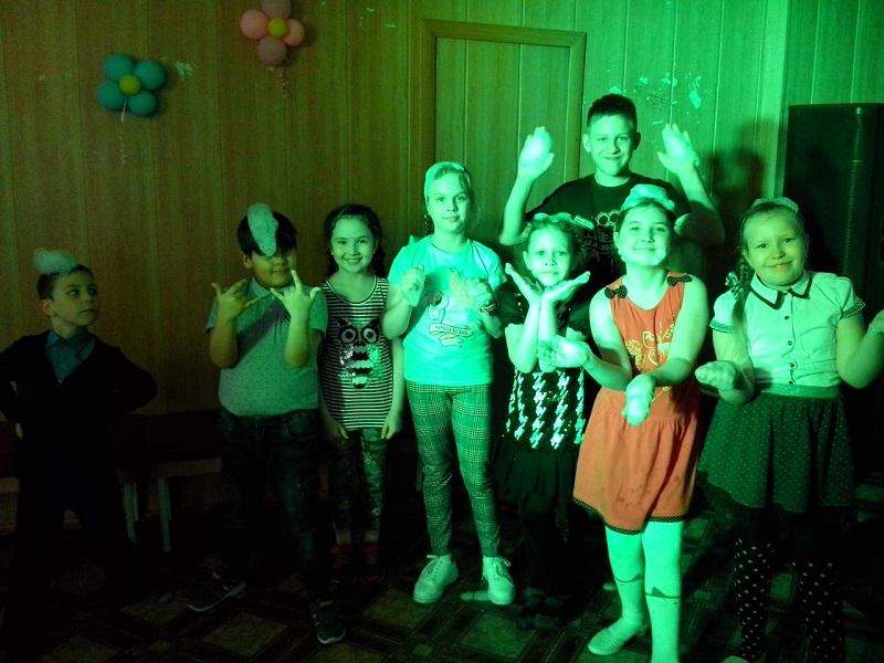 14 марта в Центре культуры и кино «Родина» состоялась игровая развлекательная программа «Кукла Маша, Кукла Даша - все подарки стали наши!».
