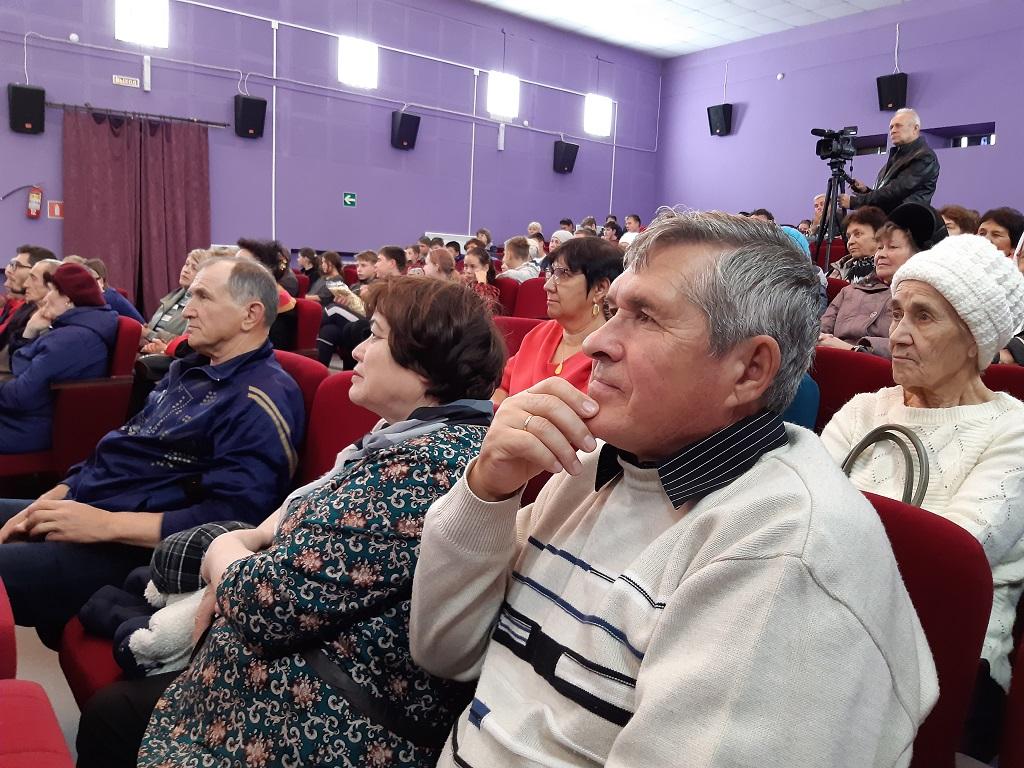 2 октября в Центре культуры и кино «Родина» в рамках Областного фестиваля «ЭтноКино» состоялся бесплатный показ художественного фильма «Мулла».
