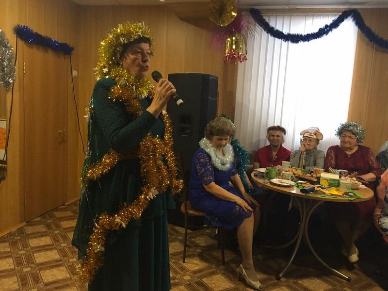 развлекательная программа «Новогодний бал маскарад 2020» для клуба ветеранов «Отражение»