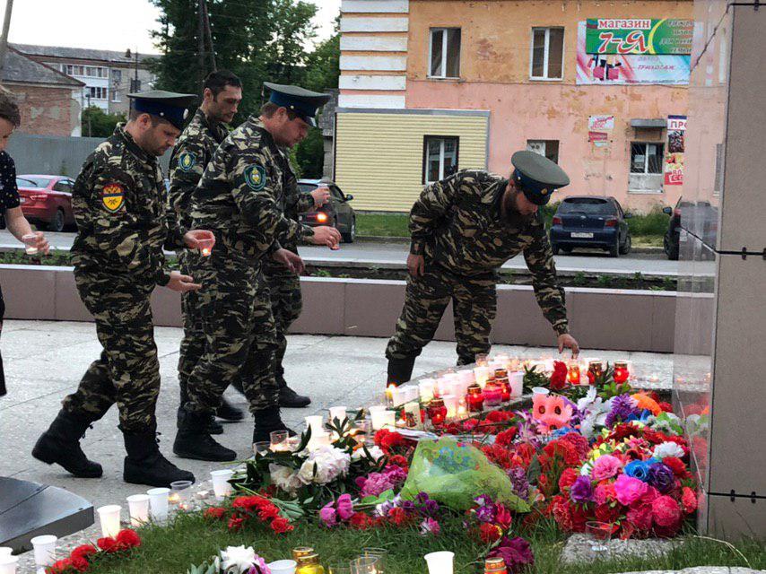 22 июня в 21:00 у памятника «Вестник Победы» состоялась акция «Свеча памяти»