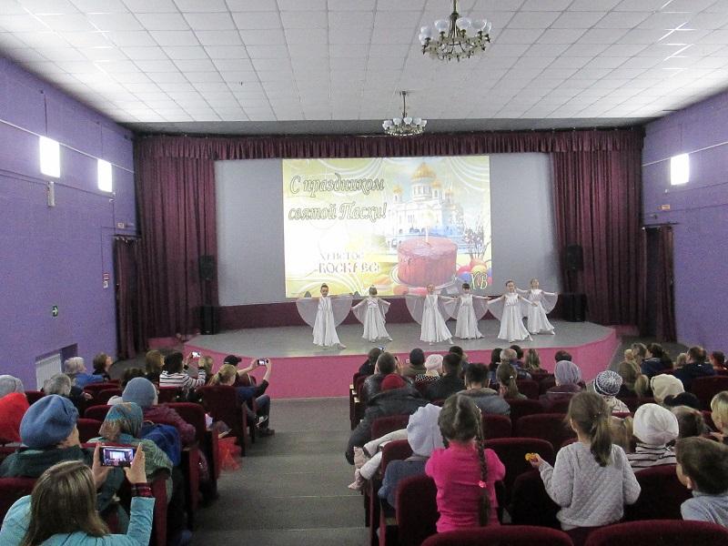 праздничная программа «Пасхальный перезвон», посвященная самому главному православному празднику - Светлому Христову Воскресению.