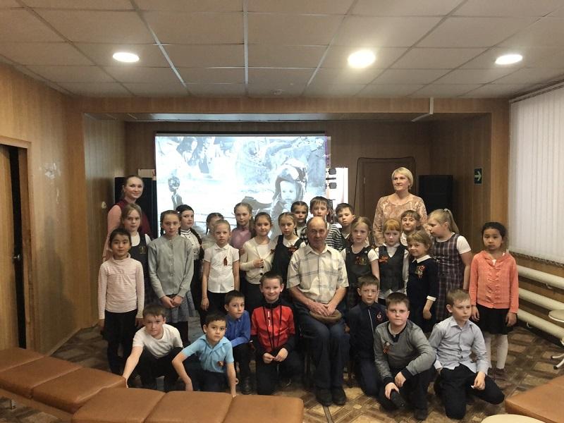 для учащихся 2В класса школы №8 состоялась тематическая программа «Дети войны», посвященная Дню Победы в Великой Отечественной войне