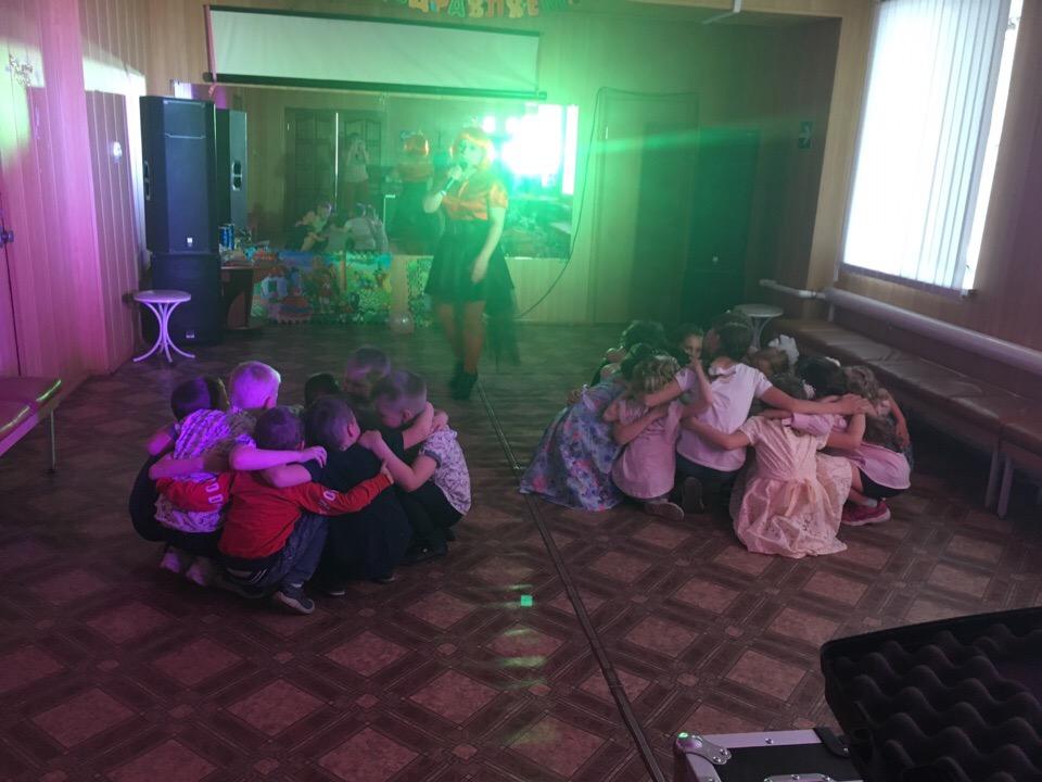 игровая программа «Веселые лучики солнышка!» Ребята с принцессой отправились в страну Послушания