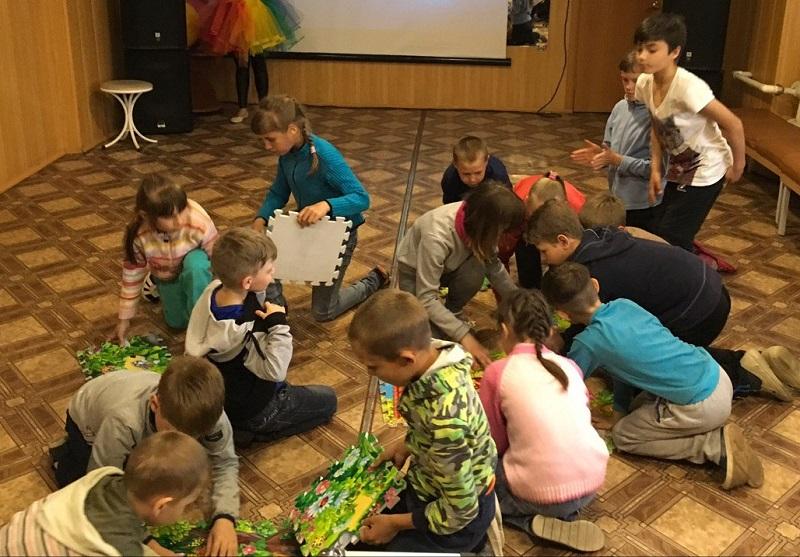 игровая программа для детей инвалидов Центра помощи семье и детям - «Путешествие на остров доброты»
