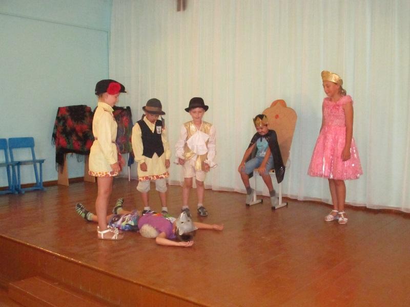 конкурс-смотр театрального мастерства «Самые добрые сказки» в рамках проекта «Неделя детства»