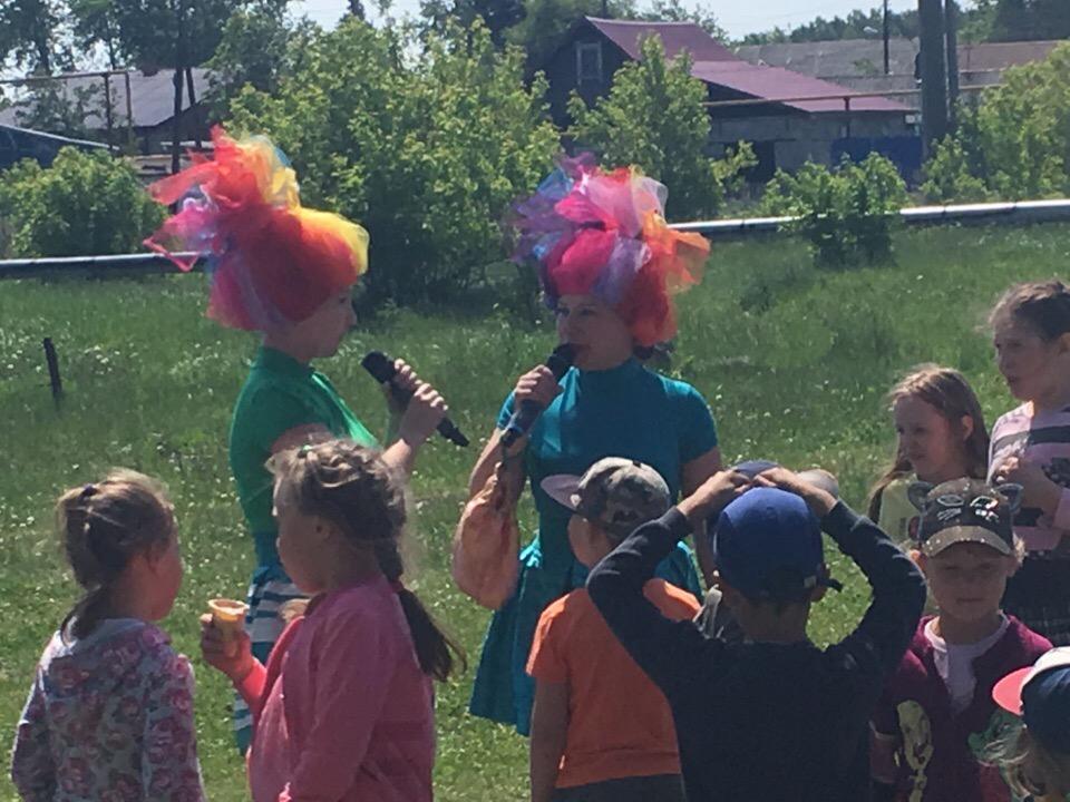 8 июля состоялась детская игровая программа «Путешествие на остров Сладкоежек»