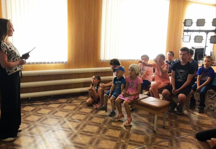 кинопрограмма «Драгоценные россыпи Хозяйки Медной горы», посвященная году П. Бажова