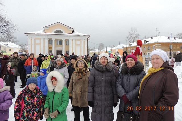 Масленичное гуляние, которое прошло 26 февраля на площади Центра культуры и кино «Родина»